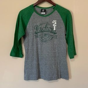 NFL Packers Size L Shirt.
